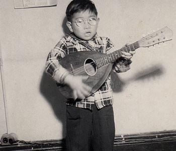 Dick-Inukai-Childhood-3_350x300